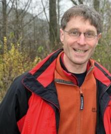 Dr. Stefan Bosch