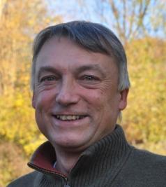 Dr. Peter W. W. Lurz